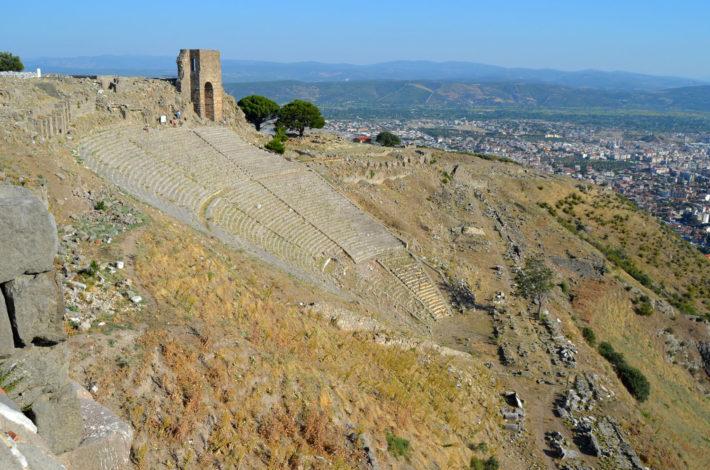 Вертикальный античный театр. Пергам, Турция