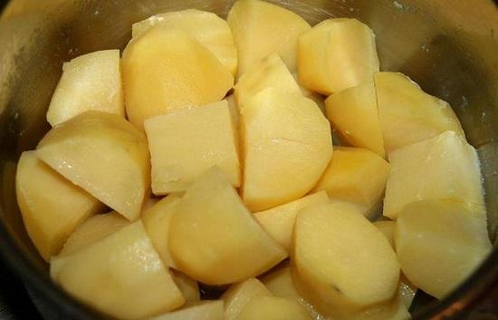 как приготовить зразы +из картофеля с фаршем