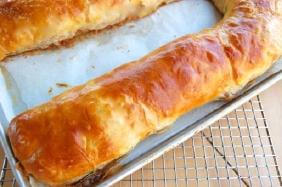 Штрудель из лаваша с яблоками в духовке: пошаговые рецепты и советы кондитеров